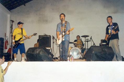 Capones Heyho 2000